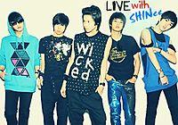 shinee singing live - shake.mp3
