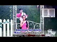 Sakitnya_Tuh_Disini_-_Cita_Citata_Video_Klip_(OST_DIAM_DIAM_SUKA).3gp